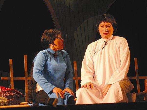 NSND Minh Vương, người nghệ sĩ hồi sinh sau cơn bạo bệnh